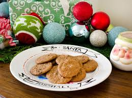 make a hand painted cookie plate for santa hgtv