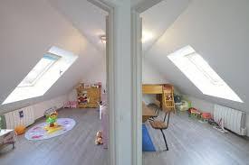 amenagement d un grenier en chambre comment séparer en deux une pièce en sous pente forum grenier et