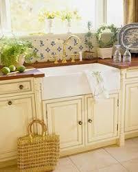 cottage kitchen backsplash cottage kitchen design ideas sinks kitchens and cottage kitchens