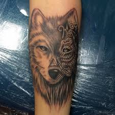 exclusive wolf tattoos for arm