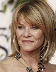 does kate capshaw have naturally curly hair kate capshaw looking as radiant as ever love the hair love her