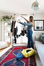 jojotastic closet clean out tips for a tiny house with glad