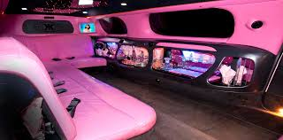 hummer limousine pink pink limo i came across such a cool limo see more on this domain