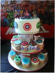 Avengers Cake And Cupcakes Avengers Superhero Party Pinterest