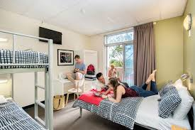 Adelaide Central YHA Fun  Affordable Hostel - Yha family rooms