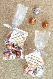 wedding favors ideas 12 wedding favor ideas for the frugal the budget diet