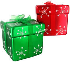 wrapped christmas boxes 29 best christmas boxes images on christmas gift boxes