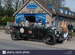 vintage bentley a vintage bentley at scripps garage in goathland on the flying