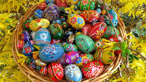 easter eggs wallpapers painted easter eggs hd wallpaper wallpaperfx
