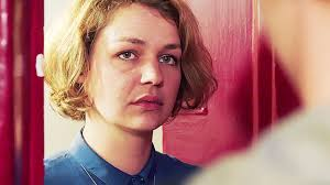 Schlafzimmerblick Frau Fado Film 2016 Moviepilot De