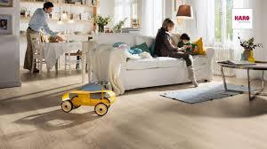 Highland Laminate Flo Haro Laminate Floor Tritty 75 Plank 1 Strip Highland Oak Textured