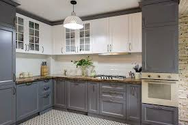 white kitchen cabinets with tile floor what color cabinets go with white tile floor home decor bliss