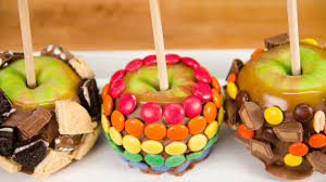 where to buy candy apples gourmet caramel apples with caramel from cookies cupcakes