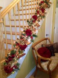 Decorating Banisters For Christmas Best 25 Christmas Staircase Decor Ideas On Pinterest Christmas