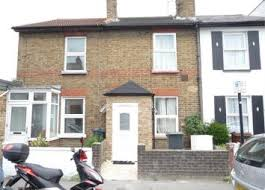 Two Bed Room House 2 Bedroom Houses For Sale In Hounslow Zoopla