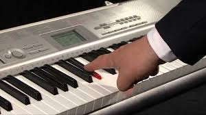 keyboard that lights up to teach you how to play casio lk 120 key lighting keyboard youtube