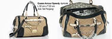 Tas Guess Speedy annisa farrel collections guess