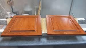changer la couleur de sa cuisine sur les rénovation d armoires de cuisine rénover sa cuisine