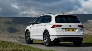 volkswagen tiguan 2016 white vw tiguan r line 2 0 tdi 150 4motion dsg 2016 review by car magazine