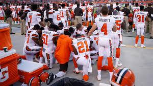 locker room talk cleveland browns u0027 kneeling prayer changes the