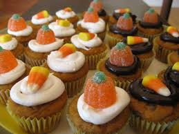 pumpkin spice mini cupcakes with a luck
