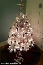 small white christmas tree manfrida white christmas tree