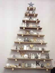 Ideas For Christmas Tree On The Wall by Best 25 Wall Christmas Tree Ideas On Pinterest Xmas Trees Real