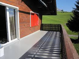 boden fã r balkon polyurethan bodenbelag professionell gefertigt der iso pur ag