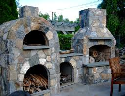 Pizza Oven Outdoor Fireplace by Outdoor Pizza Ovens