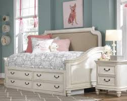 madison bedroom set lawrence madison day bed bedroom set in antique white