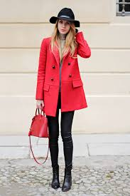 matching your coat to your bag is a fall fashion trend we can