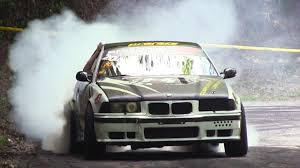 bmw e36 m3 drift 2 x bmw m3 e36 hillclimb track drift