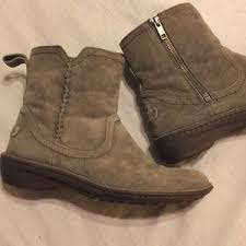ugg s neevah boots 64 ugg shoes uggs neevah gray suede zipper boots from