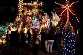 tony muia u0027s christmas lights stuff to do in new york city