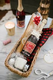 Homemade Gift Ideas by Last Minute Holiday Idea Easy Homemade Gift Baskets