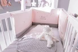 noukies chambre noukies tour de lit poudre d etoiles avec personnages amazon fr