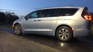 chrysler minivan auto safety group petitions government to force recall of chrysler