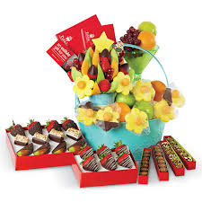 edible gift baskets 13 best gift baskets 2017 gourmet food gift basket ideas for