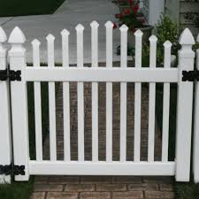 picket fences classic vinyl picket fence superior plastic products
