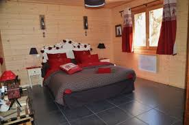 chambre montagne gallery of deco chambre chalet montagne 2 location chalet de luxe