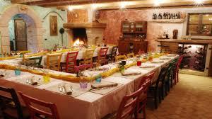 Foto Di Camini Rustici by Tavernetta Con Cucina E Caminetto Idee Creative Di Interni E Mobili