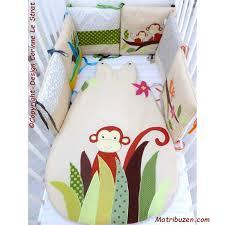 chambre de bébé jungle thème chambre bébé jungle tour de lit gigoteuse personnalisée