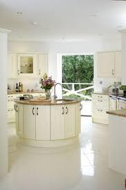 round kitchen island best 20 round kitchen island ideas on