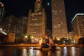 the ultimate guide to haunted tours in chicago this halloween