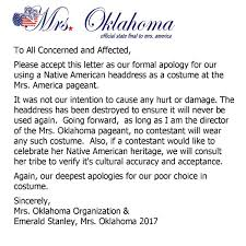Oklahoma travelers choice images Mrs oklahoma wins favorite quot costume quot in bedazzled headdress jpg
