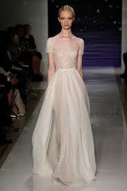 brautkleider fã r mollige gã nstig 32 besten bridal gown bilder auf braut couture und