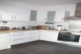 deco cuisine gris et blanc cuisine bois et gris unique emejing cuisine wenge et blanc 2 images
