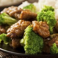 cuisiner les brocolis recette wok de bœuf et brocolis