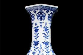 Chinese Vases Uk Family Stunned To Discover Vase Used As Bungalow Doorstop For 30