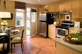 Laminate Wood Floors In Kitchen - 2017 laminate flooring installation cost laminate floors